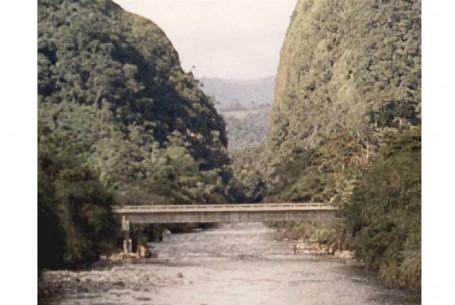 Puente Río Fragüita – Carretera Yuruaco-Fragüita-Angostura